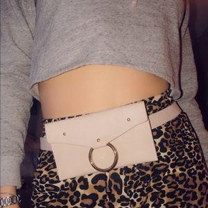 Handbags - Cute fanny pack Size S/M